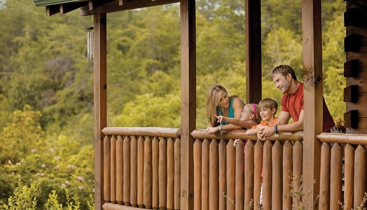 family-at-cabin-750×430