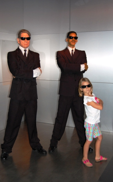 Men in Black at Hollywood Wax Museum