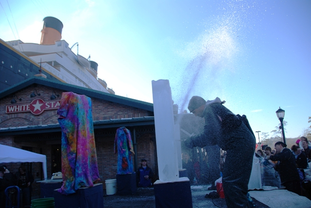 2013 Titanic Ice Carving Competition