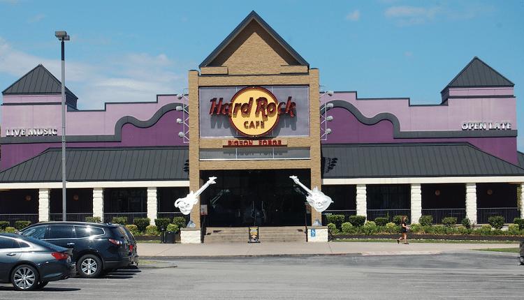 Hard-Rock-Cafe-Pigeon-Forge-750×430