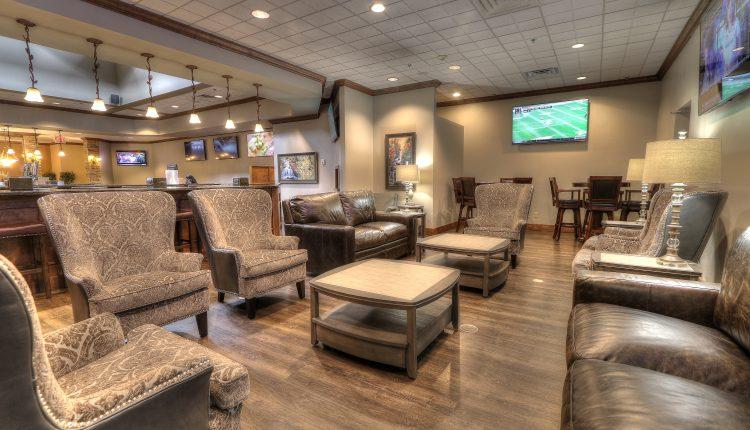Cascades Lounge & Restaurant2 (1)