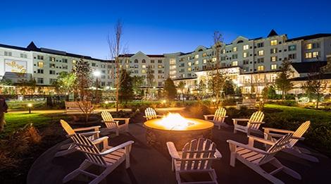 Dreammore Resort Evening 470×261