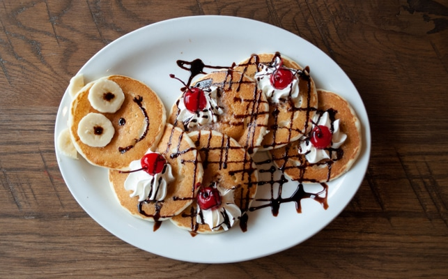 Frizzle Chicken - Funny face pancakes