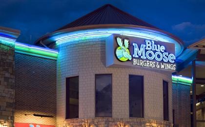 Blue Moose Burgers & Wings 420×260