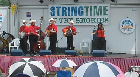 PF_Partner_Detail_Image_470x261_0015_Stringtime in the Smokies (1)