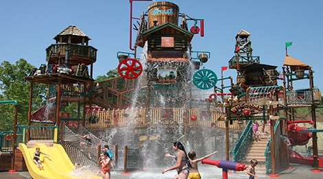 Dollywood Splash Country Water Park in Pigeon Forge, TN Mountain