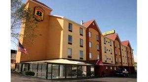 Super 8 - Motel Near LeConte Center in Pigeon Forge TN