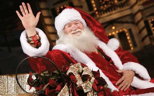 Christmas at Dolly Parton's Stampede - Santa