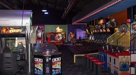 fast tracks arcade in tennessee