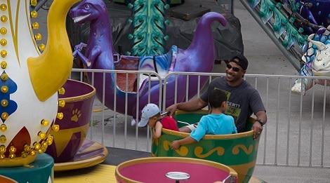 Fast Tracks Kiddie Cup Ride Pigeon Forge