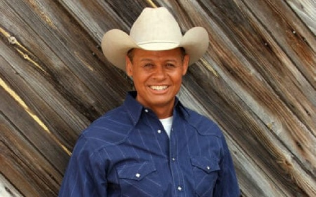 Neal McCoy Celebrity Concert at Country Tonite Theatre