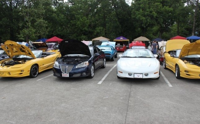 Pontiacs in Pigeon Forge Classic Car Show