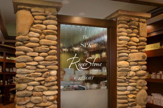 riverstone-resort-spa