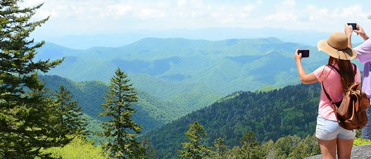 taking-pictures-summer-mountains-1271×322