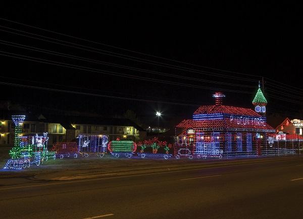 Winterfest - Christmas Train Light Display in Pigeon Forge TN