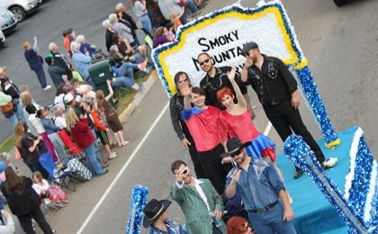 Smoky Mountain Opry Float 420×260