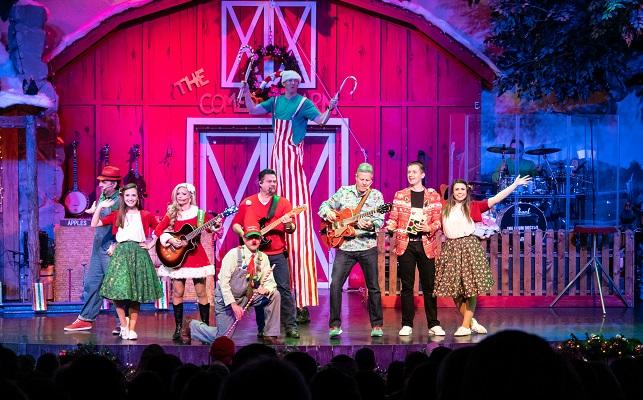 Comedy Barn Christmas Show - tall clown