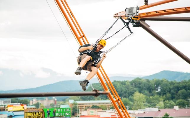 Paula Deens Lumberjack Feud - Flying Ox