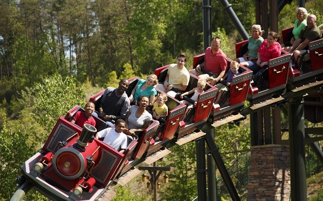 Dollywood Rides - Firechaser Express