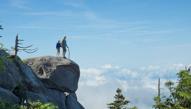 father-son-view-smoky-mountains-tn-750×430