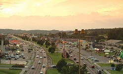 pigeon-forge-parkway-250×150