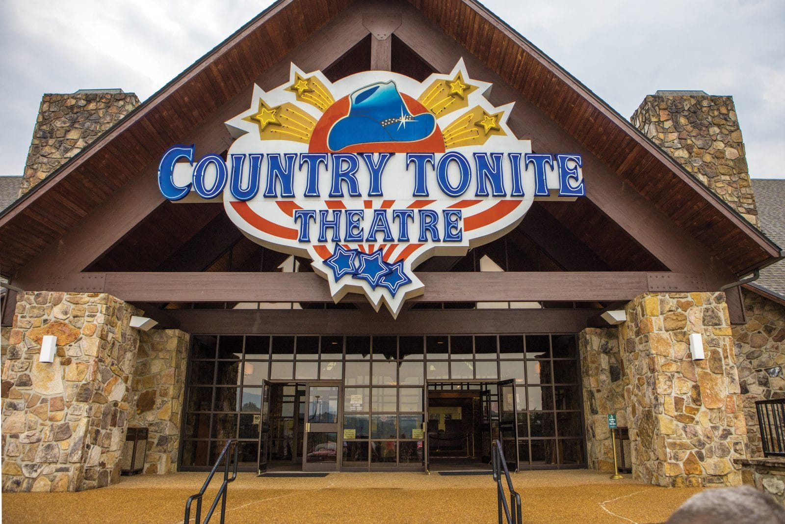 Kick Start Your Pigeon Forge Summer with these Fun Family Events in June