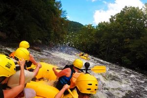 Go Whitewater Rafting with Rafting in the Smokies
