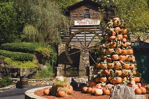 Dollywood's Fall Harvest Festival in Pigeon Forge TN