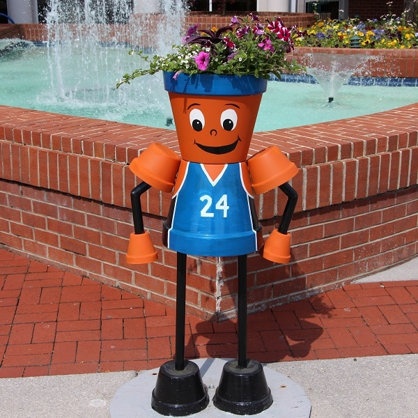 """""""Mr. Hoops"""" Planter Person"""