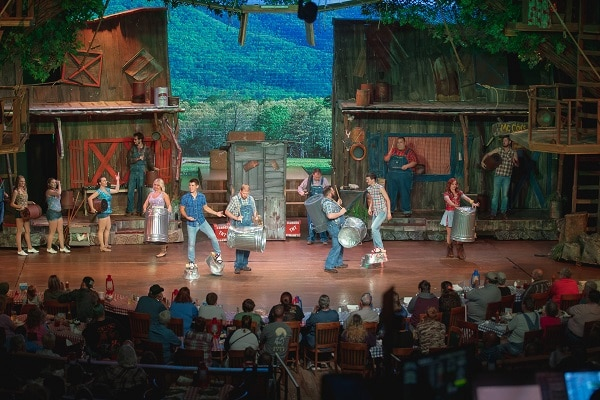 Fun Pigeon Forge Shows to See on Father's Day